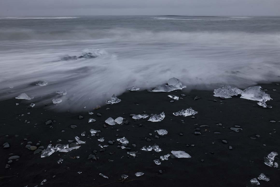 Piezas de hielo efímero